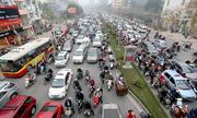 Ôtô dàn hàng ngang - sự ích kỷ của tài xế Việt