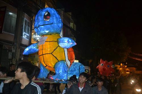 10-long-den-pokemon-cao-1-5m-dem-trung-thu-2