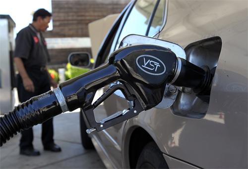 Hiệp hội xe tương đối Mỹ cho biết nước này lãng phí nhì,1 tỷ USD chỉ vì các tài xế tiêu dùng
