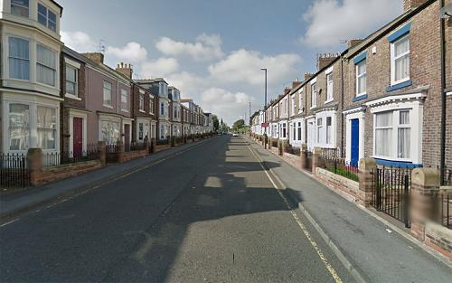 6 người nhập cư bị nghi cưỡng hiếp tập thể một phụ nữ Anh