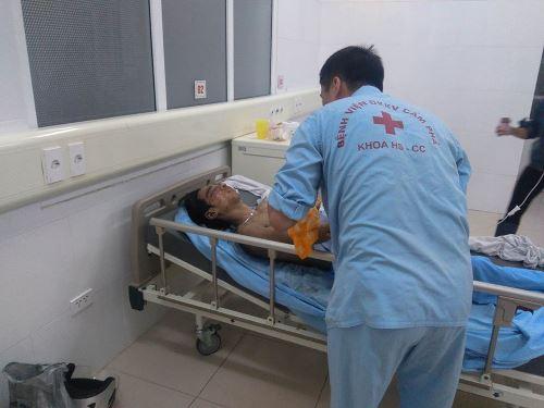 Nổ mìn dưới lò, 14 công nhân bị thương