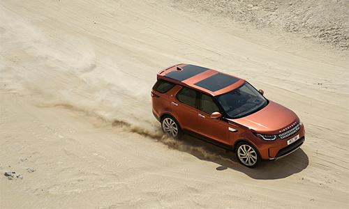 Discovery 2017 6 4829 1475119515 Land Rover Discovery 2017 hướng đến sự thoải mái và an toàn hơn