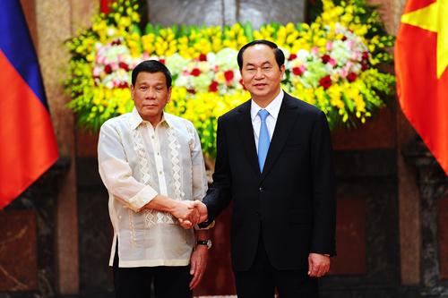 Việt Nam - Philippines kêu gọi không đe dọa hoặc dùng vũ lực ở Biển Đông