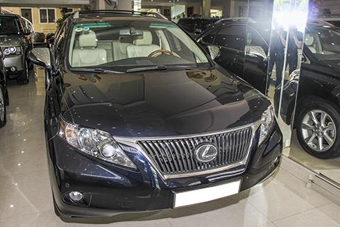 lexus-rx350-sau-6-nam-gia-hon-2-ty-dong-tai-viet-nam