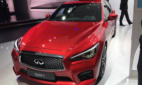 sedan-hang-infiniti-q50s-2017