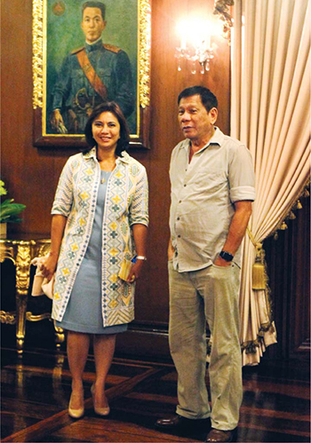 Phó tổng thống Philippines Leni Robredo và Tổng thống Duterte. Ảnh: Malacanang photo