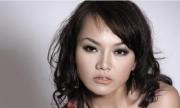 Ca sĩ Thái Thùy Linh bức xúc vì bị treo băng rôn đòi nợ tiền