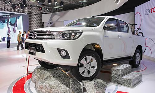 Toyota Hilux 2016 VnE 3127 4234 1475841826 Toyota Hilux 2016 nâng cấp động cơ và hộp số