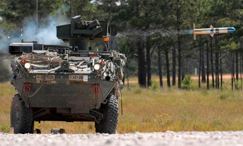 Xe chiến đấu bộ binh Stryker Mỹ phóng tên lửa TOW. Ảnh: USArmy
