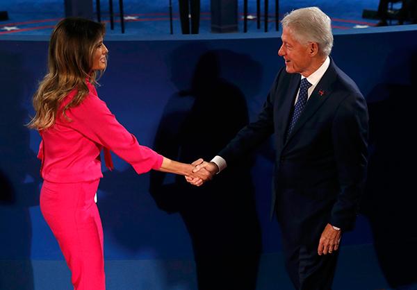 Trump - Clinton bat tay sau yeu cau noi dieu tot ve nhau