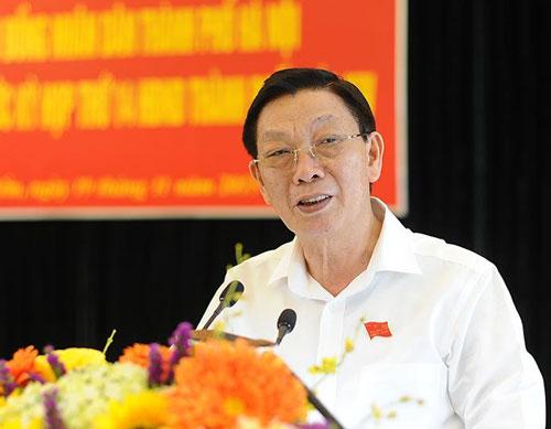 nguyen-chu-tich-ha-noi-nhan-huan-chuong-doc-lap