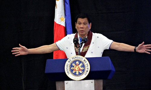 Tồng thống Philippines Rodrigo Duterte. Ảnh: Reuters.