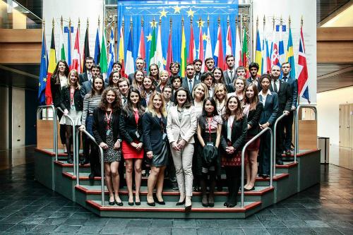 Bùi Thanh Hằng là đại diện duy nhất của Rumani tham gia một tuần thực tập tại Nghị viện châu Âu.