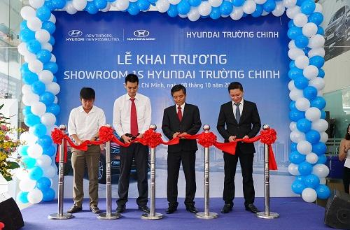 khai-truong-showroom-hyundai-moi-tai-tp-hcm-1