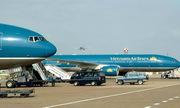 Khi người Việt đi máy bay