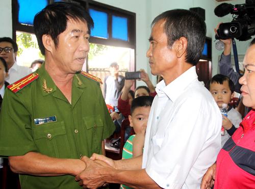 Công an Bình Thuận xin lỗi vì đã gây ra oan sai cho ông Nén. Ảnh: Phước Tuấn