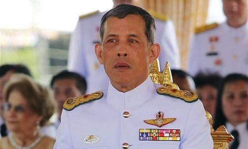 thai-tu-thai-lan-tran-an-nguoi-dan-ve-viec-ke-vi