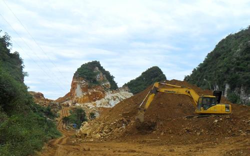Sập mỏ đá ở Nghệ An, 3 người chết