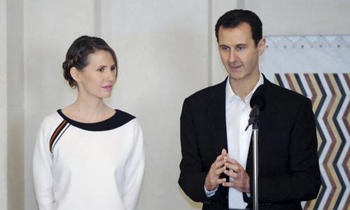 de-nhat-phu-nhan-luon-sat-canh-ben-chong-cua-syria