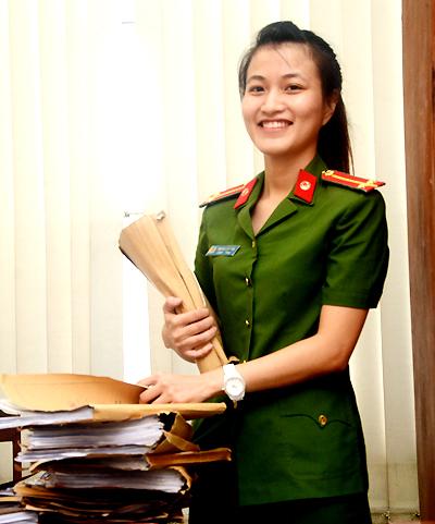 Nữ cảnh sát cải trang đá gục tên trùm ma tuý ở Sài Gòn - ảnh 1