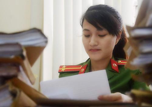Nữ cảnh sát cải trang đá gục tên trùm ma tuý ở Sài Gòn - ảnh 2