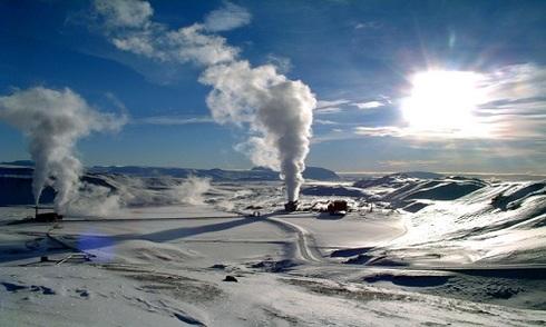 Iceland khoan sâu 5 km để khai thác năng lượng địa nhiệt