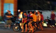 Nhân chứng: 'Thấy hàng trăm người nghiện rầm rập trên đường mà run'