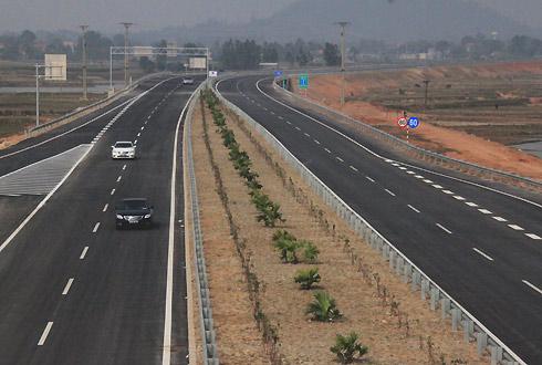 Cao tốc Bắc Nam cần huy động vốn nước ngoài