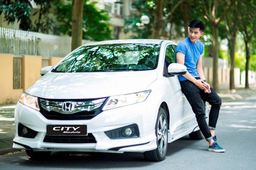 honda-civic-the-he-moi-co-mat-tai-cac-dai-ly-viet-nam-1