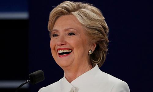 Bà Clinton cảnh báo những người ủng hộ không nên tự mãn về kết quả thăm dò. Ảnh: Reuters.