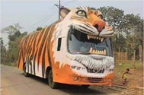 Siêu xe buýt.