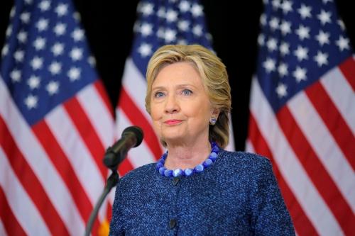 Bà Clinton trong sự kiện vận động tranh cử ở bang Iowa hôm 28/10. Ảnh: Reuters
