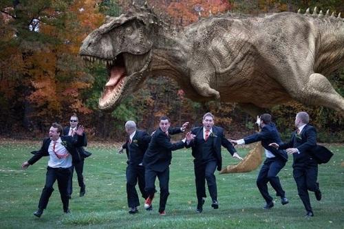 Giả sử khủng long đã trở lại và lợi hại hơn xưa.