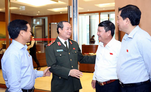 siet-chat-cac-quy-dinh-no-sung-de-tranh-bi-lam-dung-1