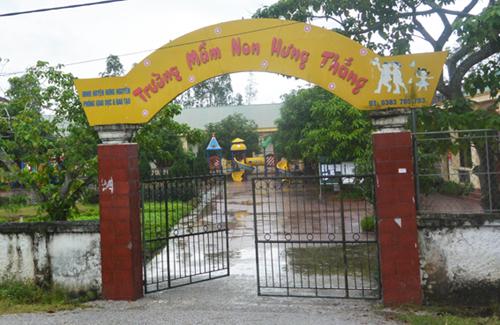 ca-tram-phu-huynh-cho-con-nghi-hoc-de-phan-doi-hieu-truong