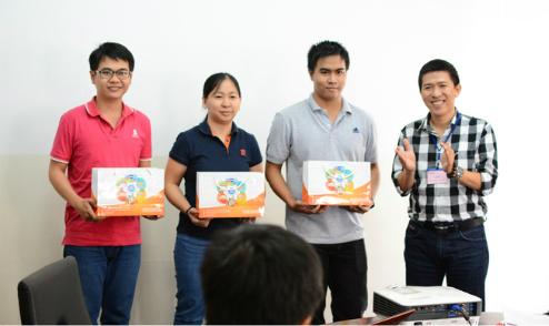 FUNiX vinh danh những sinh viên có thành tích học tập tốt trong tháng 9.