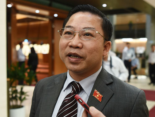 ong-luu-binh-nhuong-chat-van-ve-tu-chuc-khong-phai-de-gay-soc