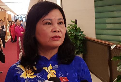 nhieu-dai-bieu-chua-hai-longphan-tra-loi-chat-van-bo-truong-cong-thuong