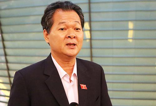 nhieu-dai-bieu-chua-hai-longphan-tra-loi-chat-van-bo-truong-cong-thuong-3