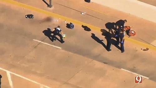 Cảnh sát tại hiện trường vụ nổ súng. Ảnh: