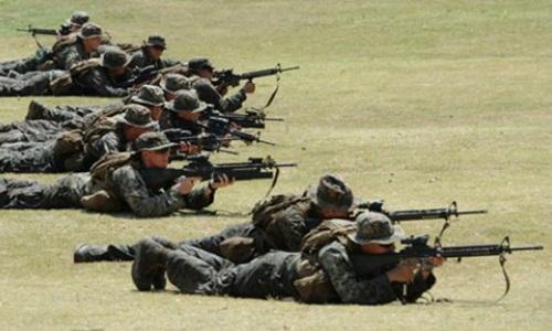 Quân đội Mỹ và Philippines trong cuộc tập trận chung Balikatan năm 2013. Ảnh: AFP