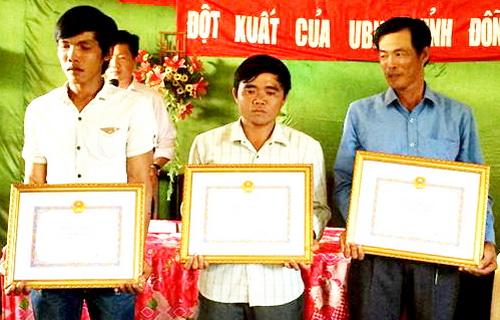 3 người cứu nạn nhân mắc kẹt giữa sông Đồng Nai