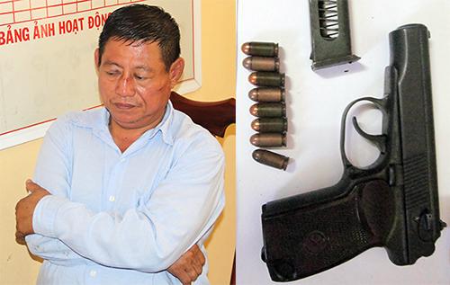 Trung tá Thi và khẩu súng gây án. Ảnh: Cửu Long