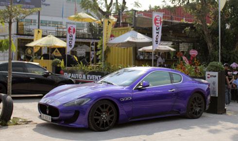 Maserati GranTurismo là dòng Coupe thiết kế kiểu 2+2,Động cơ 4,2 lít V8, công suất 402 mã lực, mô-men xoắn cực đại 420 Nm. Hộp số tự động ZF 6 cấp với chức năng sang số bằng tay gắn trên vô-lăng. Xe tăng tốc lên 100 km/h trong vòng 5,2 giây từ vị trí xuất phát. Vận tốc tối đa 285 km/h.