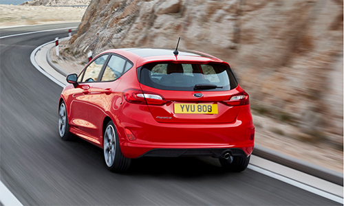 chi-tiet-ford-fiesta-the-he-moi-3