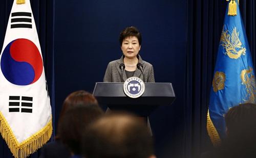 Bà Park phát biểu hôm qua. Ảnh: Reuters