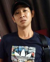 nguoi-dan-ong-lua-ban-hon-300-oto-sang-tren-giay