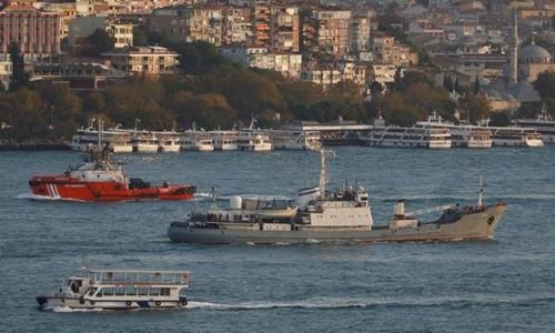 Nga triển khai chiến hạm ở gần Crimea trong khi Ukraine thử tên lửa. Ảnh: Reuters.