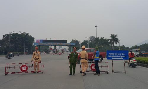Người dân lại chặn cầu Bến Thủy phản đối thu phí BOT