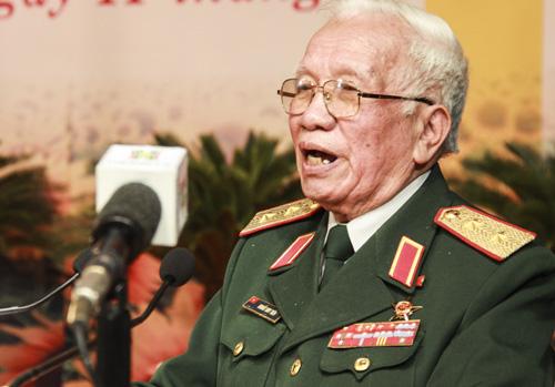 Cựu binh ôn kỷ niệm '60 ngày đêm giam chân địch' tại Hà Nội